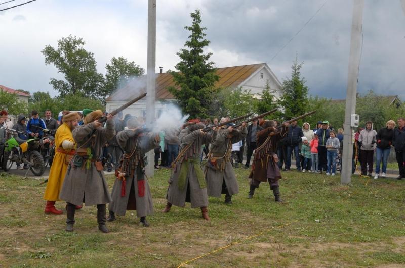 Традиции праздник пресвятая троица 140