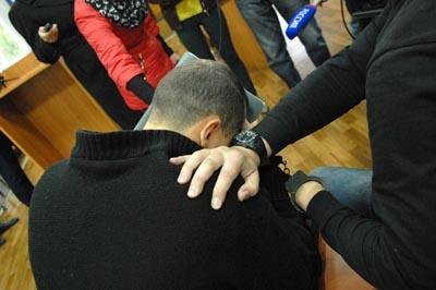 фото школьный учитель физкультуры склонил к сексу свою ученицу